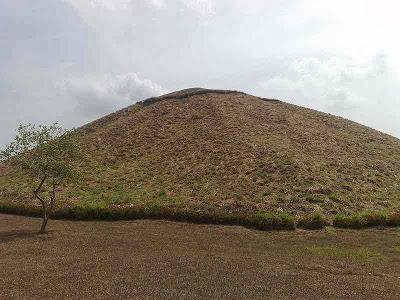 piramide de la venta sitio arqueologico de la venta